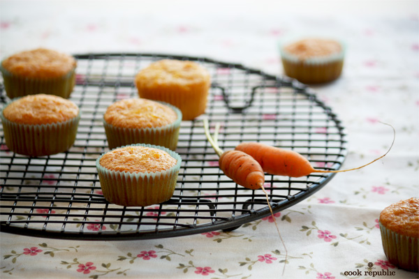 Petit Carrot Muffins