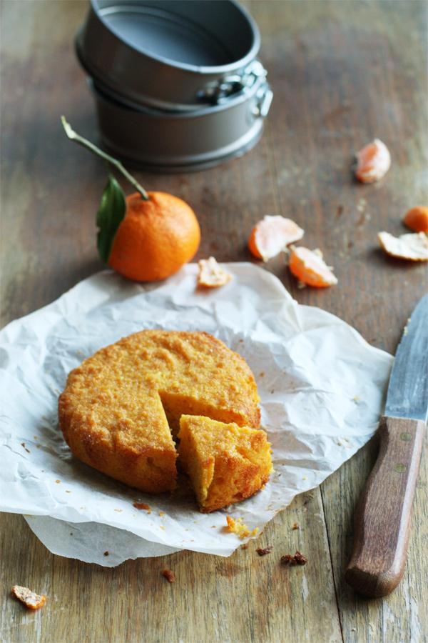 Mandarin Polenta And Macadamia Cake
