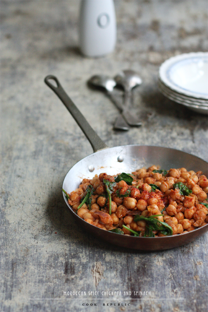 Moroccan Spice Chickpea And Spinach - Cook Republic