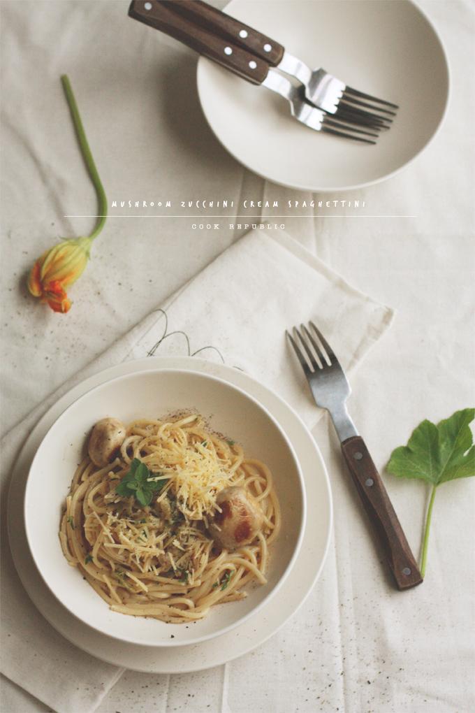 Mushroom Zucchini Cream Spaghettini - Cook Republic