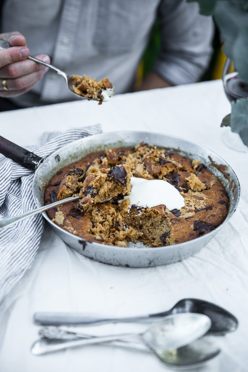 Peanut Butter And Dark Chocolate Skillet Cookie - Cook Republic