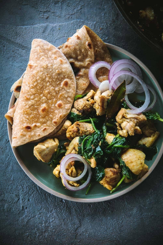 Spinach Garlic Chicken Masala - Cook Republic