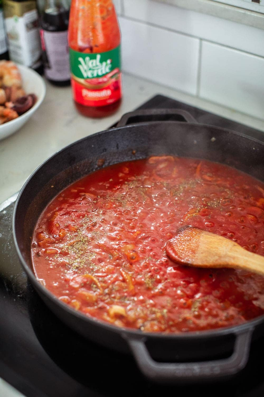 Zuppa Di Pesce - Italian Seafood Soup / Cook Republic #easterrecipe #seafoodsoup #fishrecipe