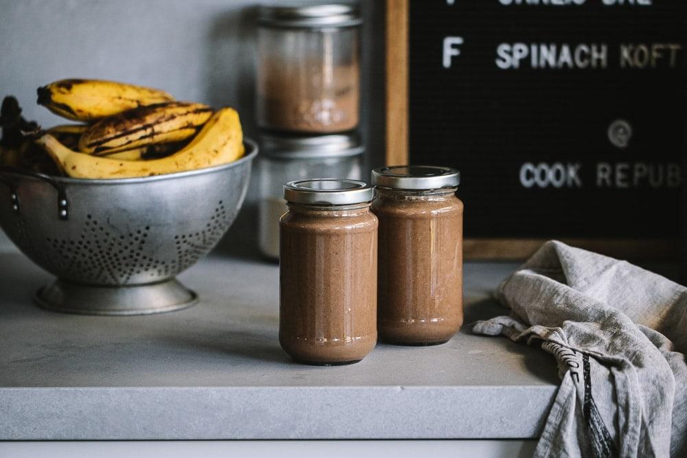 Happy Smoothie (Banana Cacao Smoothie) - Cook Republic