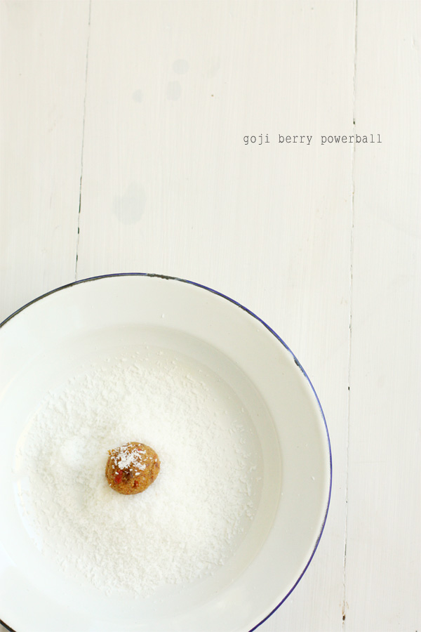 Goji Berry Powerballs