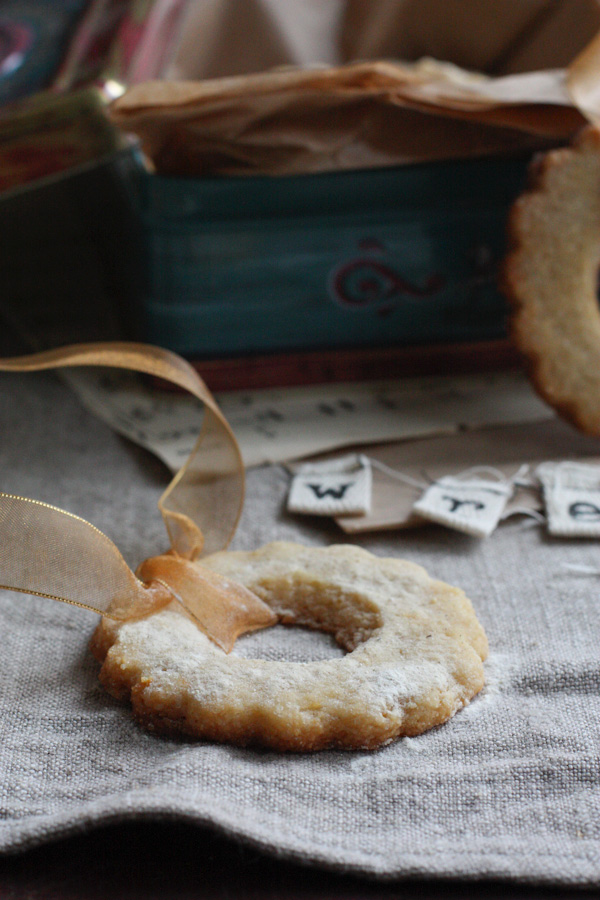 Lemon And Almond Cookies