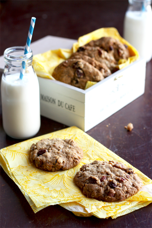 Crunchy And Chewy Pecan Cookies