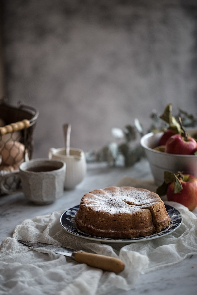 Apple And Almond Cake <a href=