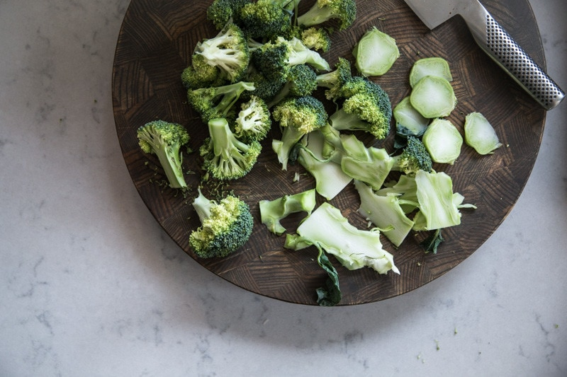broccoli_coconut_turmeric_salad4
