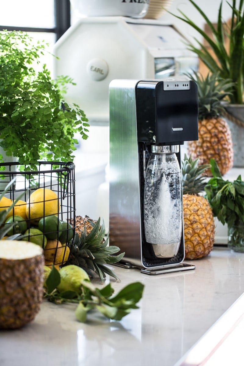 Pineapple And Lychee Fizz
